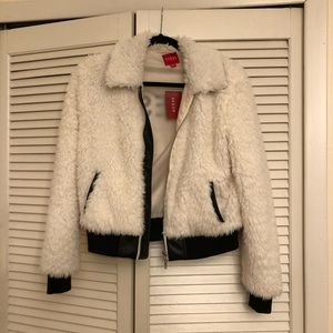 Fluffy Guess jacket